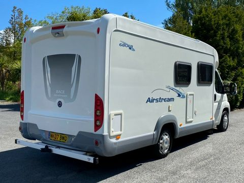 ACE ACE AIRSTREAM 680 FB Motorhome (2008) - Picture 2