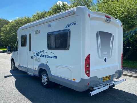 ACE ACE AIRSTREAM 680 FB Motorhome (2008) - Picture 4