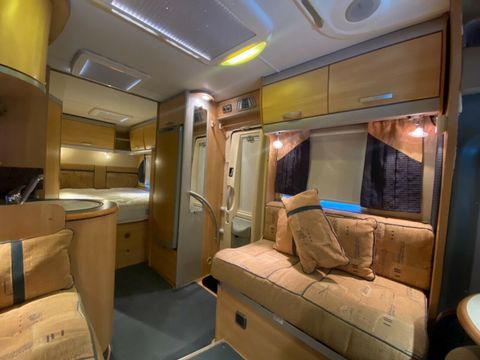 ACE ACE AIRSTREAM 680 FB Motorhome (2008) - Picture 8