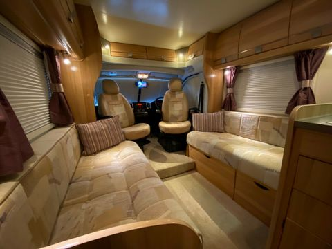 Bailey bailey approach 740 se Motorhome (2012) - Picture 4