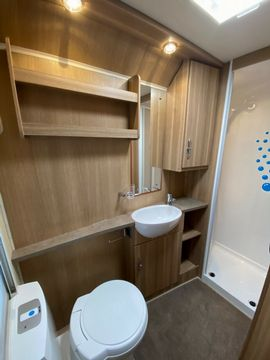 Bessacarr  Motorhome (2014) - Picture 12