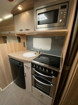 Bessacarr  Motorhome (2014) - Picture 9
